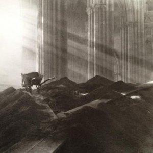 Josef Sudek – 1.2. Interiér – detail chrámu Sv. Víta, 1924 – 1928