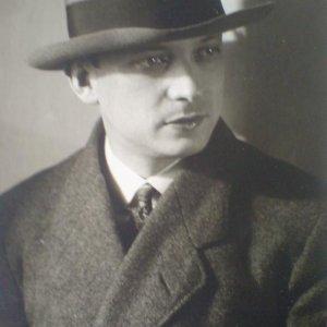 Josef Sudek – Emanuel Frynta – český básník