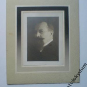 František Drtikol – portrét učitele,úředníka 10.léta 20.století