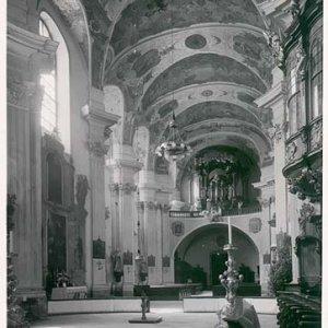 Josef Sudek – Vnitřek klášterního kostela